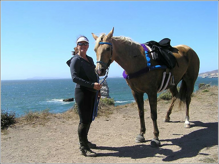 noel-and-blondie-at-pt-reyes-national-seashore-near-arch-rock